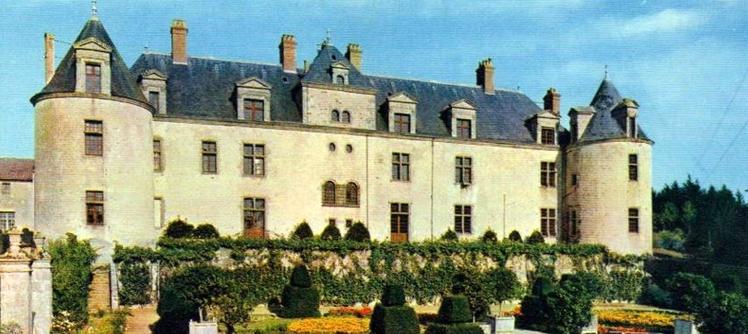 Chateau Du Bois Tissandeau